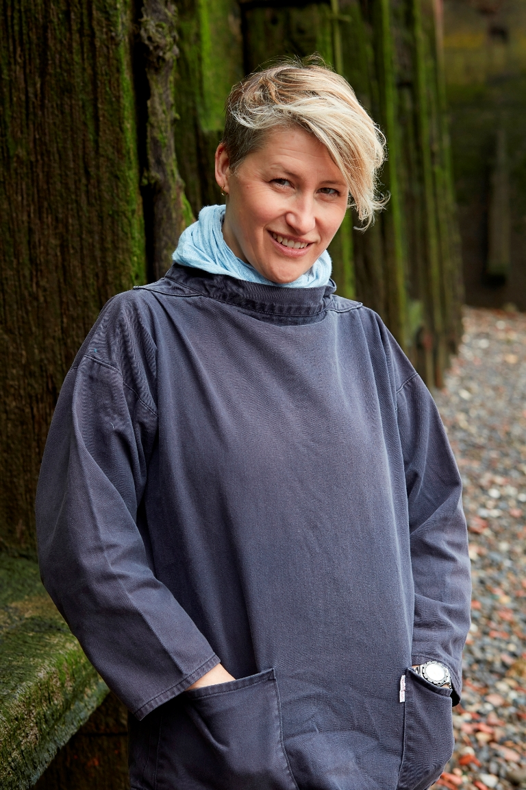 Mudlarking Lara Maiklem (c) Jonathan Ring for jacket - Small.jpg